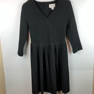Anthropologie Dresses - Anthropologie dress dress with pleated skirt Small